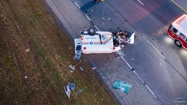 Fatality accident on I-40 involving ambulance shuts down interstate