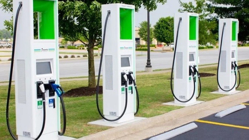 Electric Car Charging Stations Locations >> Walmart Announces Rollout Of Electric Car Charging Stations Across