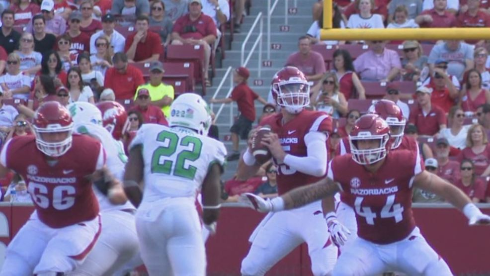 Former Arkansas quarterback Cole Kelley lands at